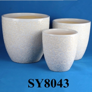 White large ceramic flower pots