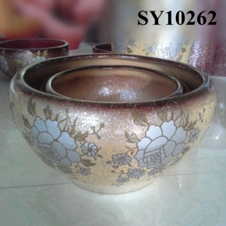 Wide-mouthed ceramic meeting plant pot