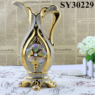 Hip shape golden ceramic vase