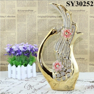 Gold post-modernity galvanized flower arranging stand